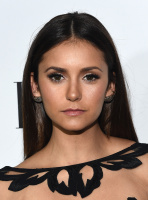ELLE's Annual Women in Television Celebration (January 13) T0pvDfNi