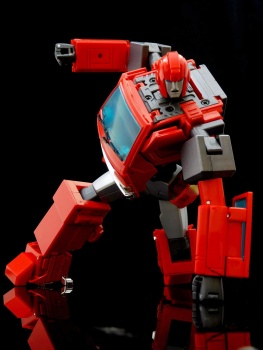 [Masterpiece] MP-27 Ironhide/Rhino - Page 4 Wn5LkPvy