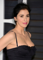 """Sarah Silverman """"2015 Vanity Fair Oscar Party hosted by Graydon Carter at Wallis Annenberg Center for the Performing Arts in Beverly Hills"""" (22.02.2015) 43x   Q7cfgek1"""
