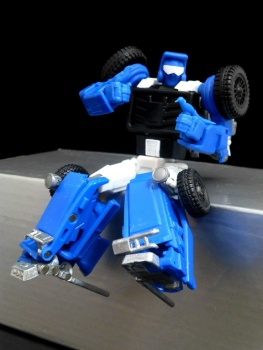 [X-Transbots] Produit Tiers - Minibots MP - Gamme MM - Page 3 Qd6E3nao
