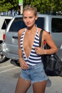 Selena Weber - Leaving The Beach in Miami - February 17th 2017