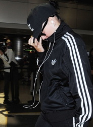 Katy Perry - Arriving At LAX Airport - June 6 2015