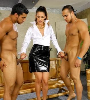 Samia Duarte   720p Cover