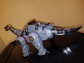 [Fanstoys] Produit Tiers - Dinobots - FT-04 Scoria, FT-05 Soar, FT-06 Sever, FT-07 Stomp, FT-08 Grinder - Page 9 Xyi5TSXT