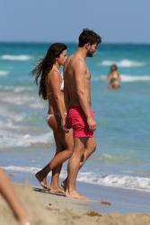 Jamie Dornan - At the beach with his girlfriend, Amelia Warner in Miami - January 17, 2013 - 25xHQ MfknDvMv