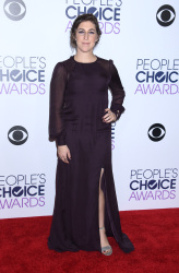 Mayim Bialik - 2016 People's Choice Awards @ Microsoft Theater in Los Angeles - 01/06/16
