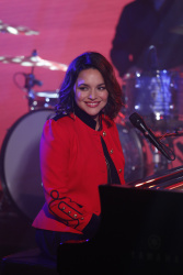 Norah Jones - Jimmy Kimmel Live: February 8th 2017