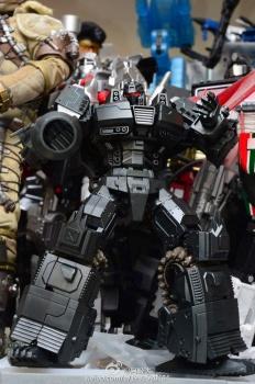 [Mastermind Creations] Produit Tiers - Reformatted R-13 Spartan (aka Impactor) des Wreckers + R-14 Commotus (aka Turmoil) - IDW Rci1HrH9