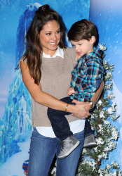 Vanessa Lachey - Disney's Frozen on Ice Premiere @ Staples Center in Los Angeles - 12/10/15