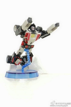 [DX9 Toys] Produit Tiers - UT-D01 Salmoore (aka Cykill des GoBots) + 003C Cocomone (aka Crasher/Démo des GoBots) Voy8ZZps