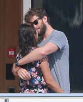 Nina Dobrev and Asustin Stowell enjoy the ocean off the cost the French Riviera (July 26) Ziiaf9Y5