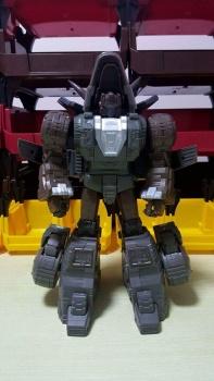 [GigaPower] Produit Tiers - Jouets HQ-01 Superator + HQ-02 Grassor + HQ-03 Guttur + HQ-04 Graviter + HQ-05 Gaudenter - aka Dinobots - Page 4 T1gD4f9j