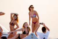 Nina Dobrev vacationing with friends in Saint-Tropez (July 20) FDEYICwz