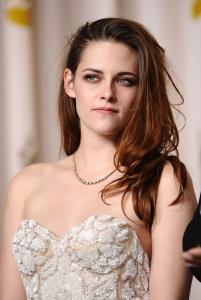 Kristen Stewart - Imagenes/Videos de Paparazzi / Estudio/ Eventos etc. - Página 31 AbpByZ5J