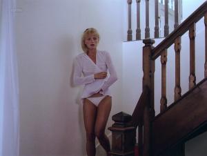 Arielle Dombasle, Rosette @ Pauline à la Plage (FR 1983) [HD 1080p] 4YYDIuhY