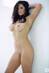 http://0.t.imgbox.com/iUwPNC5X.jpg