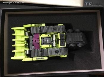 [Generation Toy] Produit Tiers - Jouet GT-01 Gravity Builder - aka Devastator/Dévastateur - Page 3 MbU1ia9n