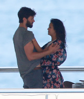 Nina Dobrev and Asustin Stowell enjoy the ocean off the cost the French Riviera (July 26) GWy7HAVv