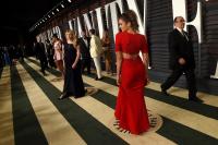 Vanity Fair Oscar Party (February 22) TzdC41wx