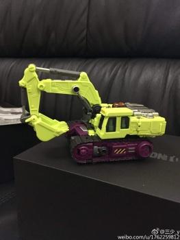 [Generation Toy] Produit Tiers - Jouet GT-01 Gravity Builder - aka Devastator/Dévastateur - Page 3 RyKSrfFp