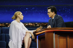 Zosia Mamet - The Late Show with Stephen Colbert: April 7th 2017