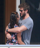 Nina Dobrev and Asustin Stowell enjoy the ocean off the cost the French Riviera (July 26) 7sT4nhVz