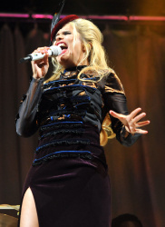 Paloma Faith - 2015 V Festival: Day Two @ Hylands Park in Stafford - 08/23/15