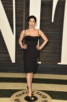 """Sarah Silverman """"2015 Vanity Fair Oscar Party hosted by Graydon Carter at Wallis Annenberg Center for the Performing Arts in Beverly Hills"""" (22.02.2015) 43x   WUnBmmkI"""