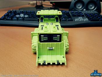 [Toyworld] Produit Tiers - Jouet TW-C Constructor aka Devastator/Dévastateur (Version vert G1 et jaune G2) - Page 5 WilZ9oyS