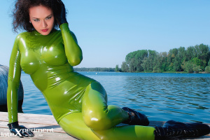 Name: Juicy Girls and Latex 29.02