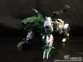 [FansProject] Produit Tiers - Jouet Saurus Ryu-oh aka Dinoking (Victory) | Monstructor (USA) - Page 2 XPFuGaXR