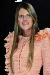 Anna Dello Russo - Paris Fashion Week: Giorgio Armani Prive Haute Couture S/S 2016 Fashion Show in Paris - 01/26/16