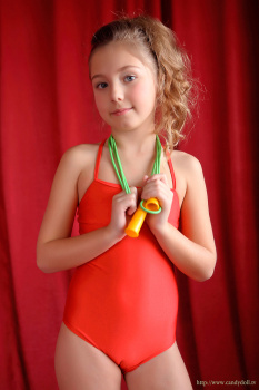 rush cameltoe candydoll models download foto gambar