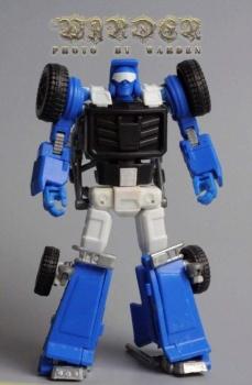 [X-Transbots] Produit Tiers - Minibots MP - Gamme MM - Page 3 U17xSb7r