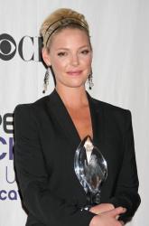 Katherine Heigl - 35th Annual People's Choice Awards, 7 января 2009 (58хHQ) DZzVmy1Q