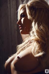 Name Photoset: 2013-09-06 Gisele Dramatic