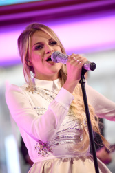 Kelsea Ballerini - Good Morning America: July 25th 2017