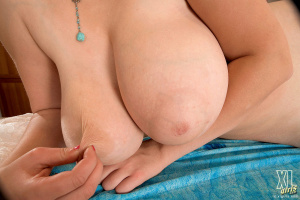 Tags (Genre):  Natural Boobs, Big Tits, Big Breasts