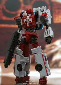 [MakeToys] Produit Tiers - Jouet MTCM-04 Guardia (aka Protectobots - Defensor/Defenso) - Page 3 R1jMHdVd
