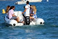 Nina Dobrev with her boyfriend Austin Stowell in Saint-Tropez (July 24) Q5GSjiNK