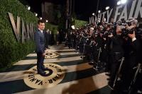 Taylor Lautner - Imagenes/Videos de Paparazzi / Estudio/ Eventos etc. - Página 38 AdiILKrI