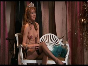 Iddon  nackt Chrissy Nude Chrissy