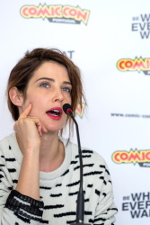 Cobie Smulders - Comic Con Portugal press conference Dec.9.2016 x22