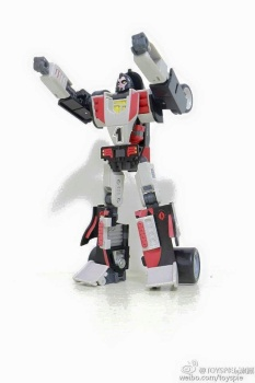 [DX9 Toys] Produit Tiers - UT-D01 Salmoore (aka Cykill des GoBots) + 003C Cocomone (aka Crasher/Démo des GoBots) Wtc3C1gJ
